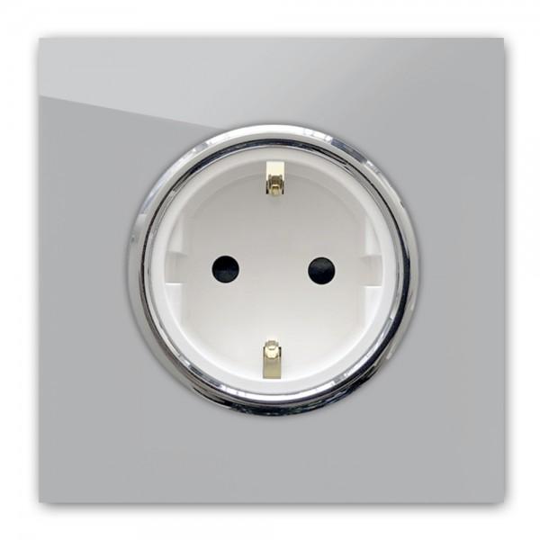 Beton farbene Steckdose 1-fach mit Verchromten Zierringen. Steckdosen-Rahmen in der Farbe: WORSTED ® von Farrow & Ball Nr.: 284