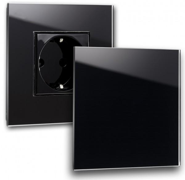 Schwarze Steckdose 1-fach Steckdose mit Abdeckung, Klappe in der Farbe: PITCH BLACK ® von Farrow & Ball Nr.: 256.
