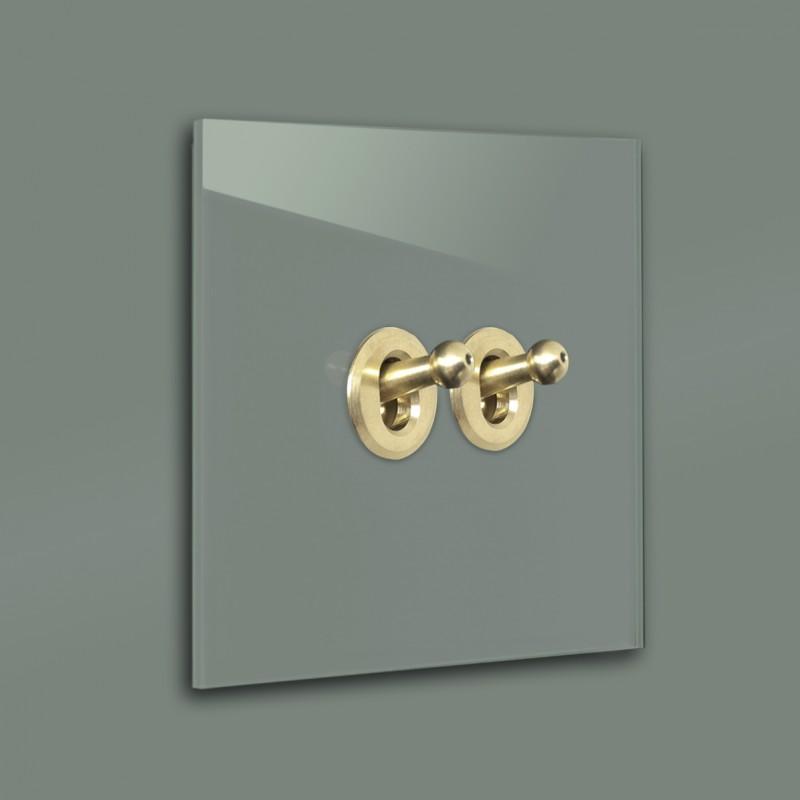 Dunkel-Grüner 2-fach, Serienschalter Retro-Lichtschalter mit Messing Kipphebel in der Farbe: GREEB SMOKE ® von Farrow & Ball Nr.: 47