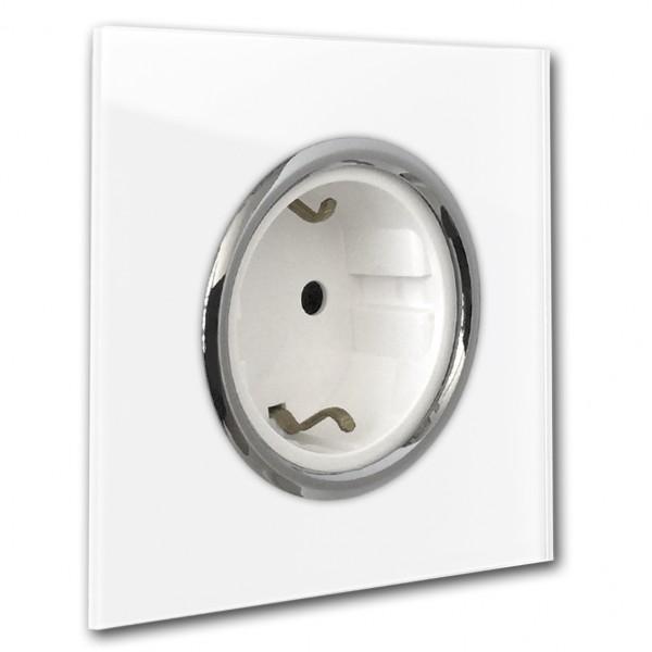 Weiße Steckdose 1-fach mit Verchromten Zierringen. Steckdosen-Rahmen in der Farbe: RAL 9016 Verkehrsweiß