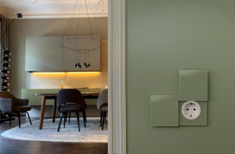 Grüne Glas Touch-Lichtschalter mit Steckdose und Abdeckung