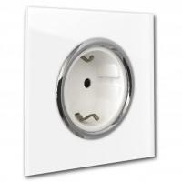 Weiße Steckdose 1-fach mit Verchromten Zierringen. Steckdosen-Rahmen in der Farbe: ALL WHITE ® von Farrow & Ball Nr.: 2005.
