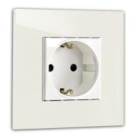 Warm Weiße Steckdose 1-fach. Steckdosen-Rahmen in der Farbe: SLIPPER SATIN ® von Farrow & Ball Nr.: 2004