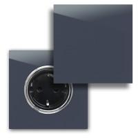 Dunkel-Blaue 1-fach Steckdose mit Abdeckung und Chrom Einfassung in der Farbe: STIFFKEY BLUE ® von Farrow & Ball Nr.: 281