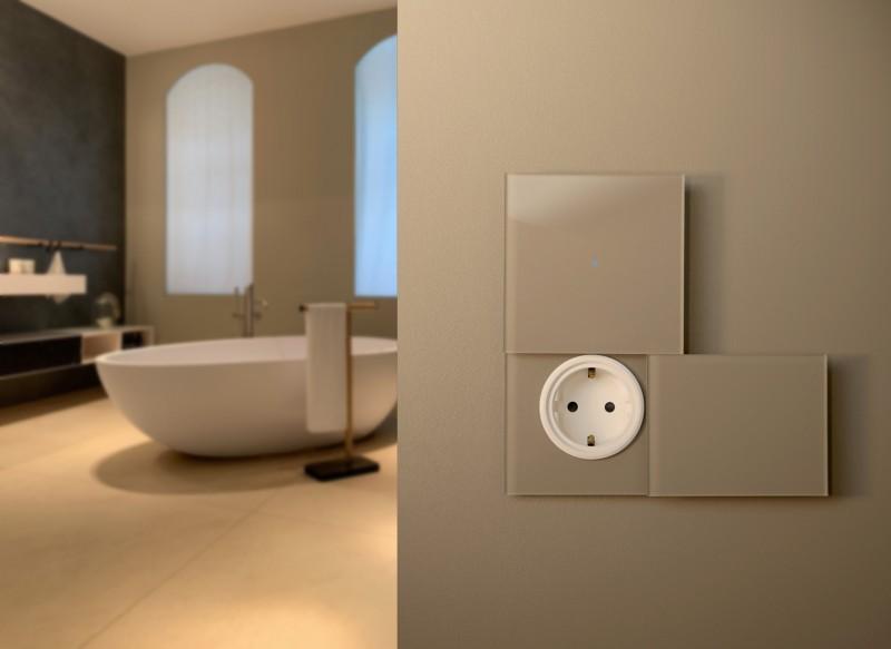 Brauner Glas Touch-Lichtschalter mit Steckdose und Abdeckung